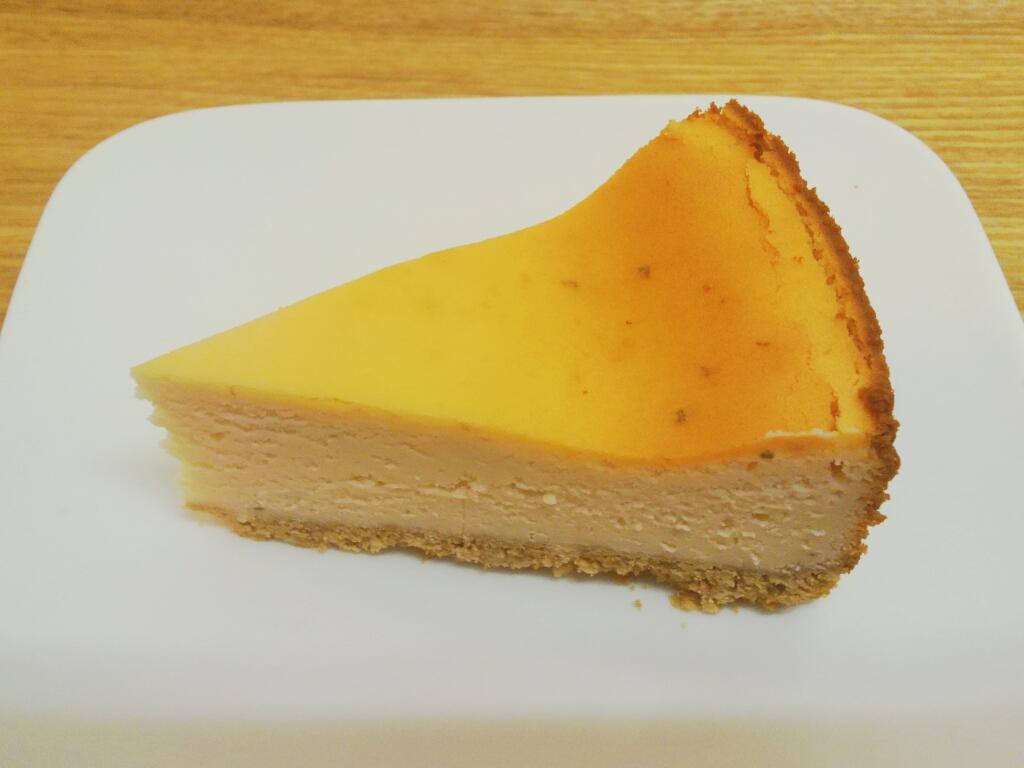 さくらのチーズケーキ 420円
