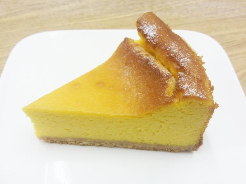 かぼちゃのチーズケーキ 420円