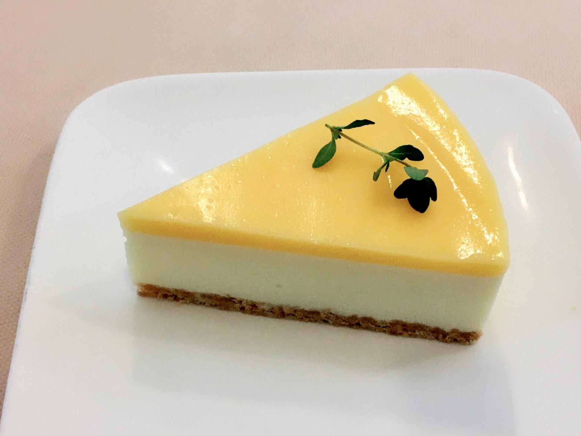 レモンのレアチーズ 420円